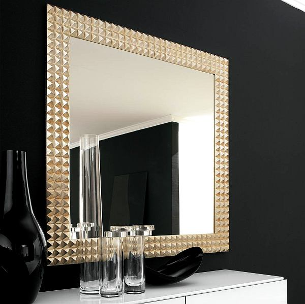 mirror-makes-room-look-larger_4